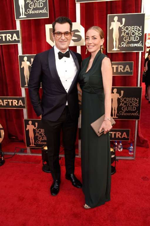 2017 Screen Actors Guild Awards:     Ty Burrell and wife Holly Burrell arrive at the 23rd Annual Screen Actors Guild Awards at the Shrine Auditorium in Los Angeles on Jan. 29, 2017.