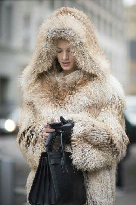 fashion isnt fur Shopping for clothes in a brick and mortar store allows the consumer  while  buying these goods online isn't likely to disrupt the retail industry,.