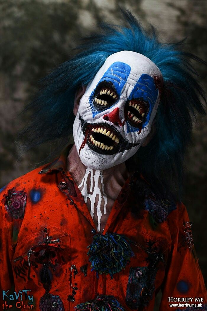 evil clowns As the 'killer clown' craze spreads across britain, many witnesses have been documenting and sharing their encounters on social media.