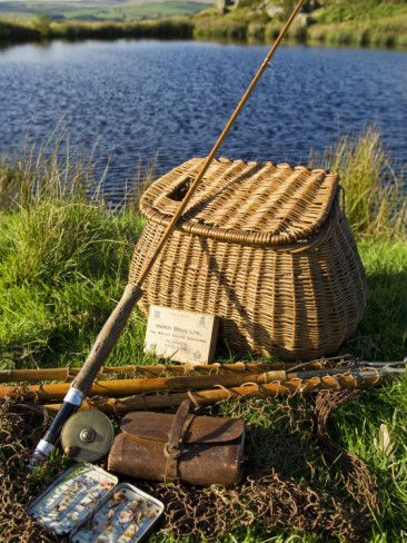 john-warburton-lee-a-split-cane-fly-rod-and-traditional-fly-fishing-equipment-beside-a-trout-lake-in-north-wales-uk.jpg (366×488)