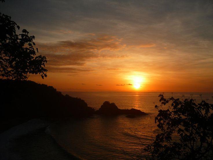 Sunset in Fernando de Noronha  #Brazil |  Photo By -  Fátima Sandrin