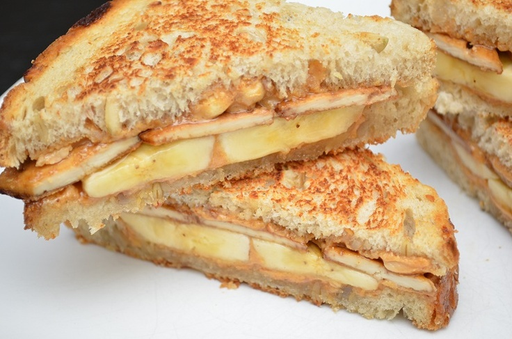 Easy sandwich to pack for vegan boaters!