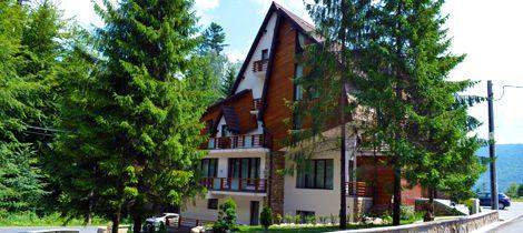 Villa Oblique, cea mai frumoasa vila boutique sau unde gasim cazare regala in Sinaia | Locuri Faine