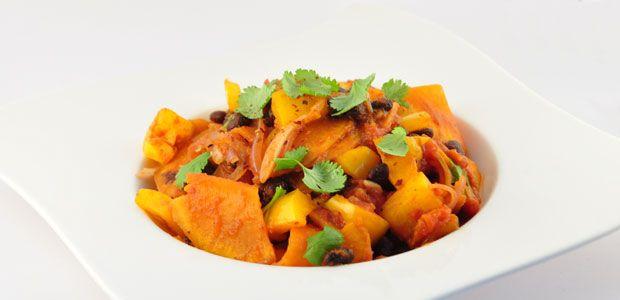 Recepten zoals deze vegetarische chili, zijn recepten waarvan fervente voorstanders van vlees vergeten dat er geen vlees in zit.