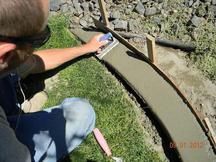 DIY concrete landscape borders, BRILLIANT and soooooo easy!