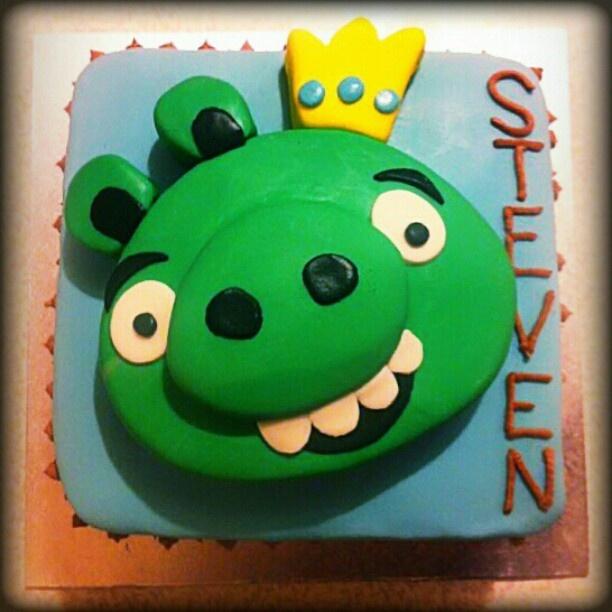 Bad Piggies cake