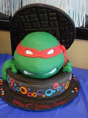 Teenage Mutant Ninja Turtle Birthday Party. Laura Hunter Castillo can you do something like this?
