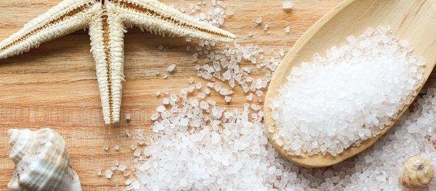 Sal marinho é um importante aliado no preparo de esfoliante caseiro - http://comosefaz.eu/sal-marinho-e-um-importante-aliado-no-preparo-de-esfoliante-caseiro/