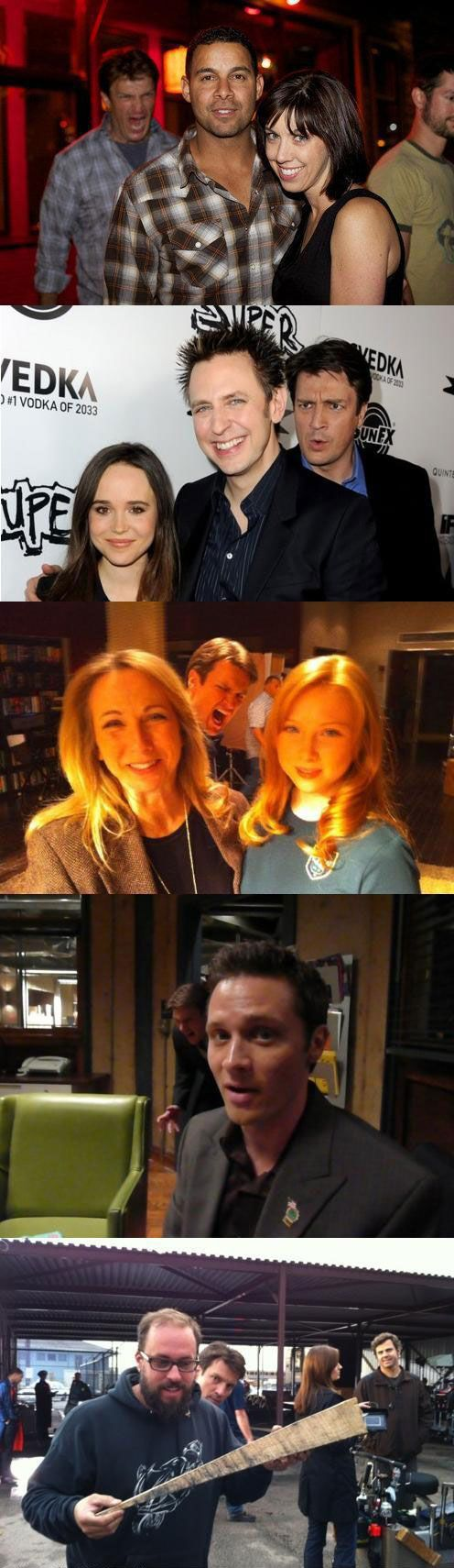 Nathan Fillion's a pro photobomber....