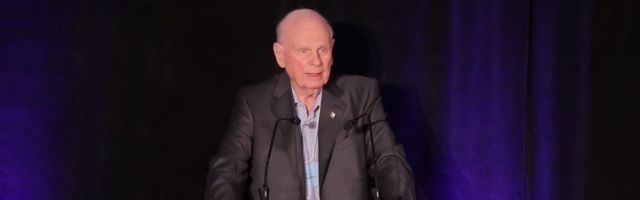 """Oud-minister van Defensie spreekt zich uit: """"Het eindspel is een Nieuwe Wereldorde"""" - http://www.ninefornews.nl/oud-minister-van-defensie-spreekt-zich-uit-het-eindspel-is-een-nieuwe-wereldorde/"""