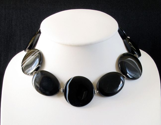 Bespoke necklaces by Gef Tom Son, Enterprise Shopping Centre, http://enterprise-centre.org/shop/gef-tom-son
