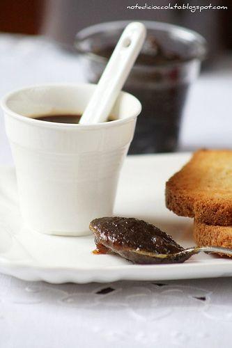 Marmellata di mele e caffé
