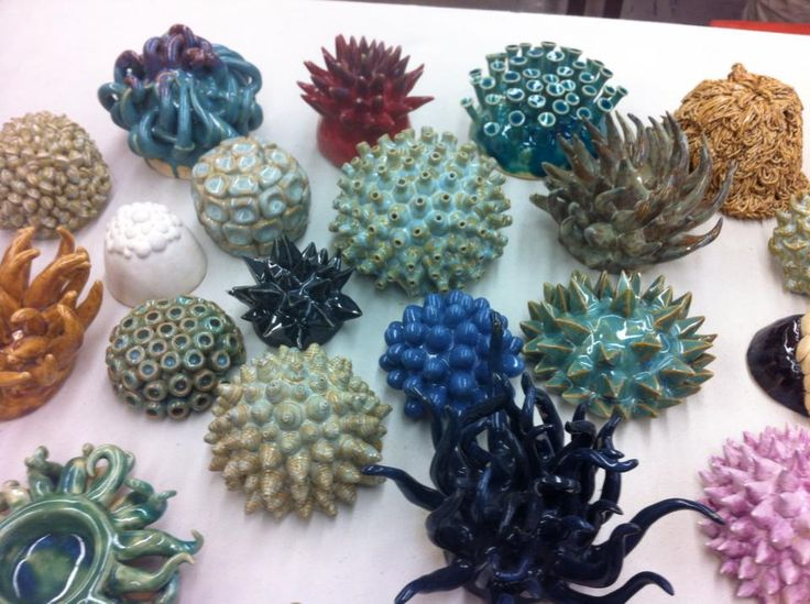My sister is a ceramics teacher: her students made these.  ♥!