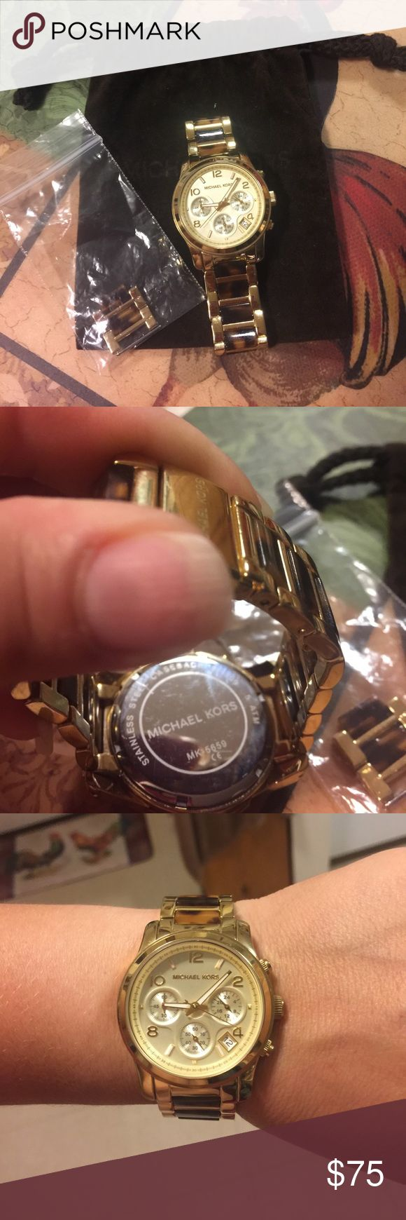❤️authentic MK gold watch ❤️ Very good condition gold MK watch use very little,working battery watch come with mk bag no box if you need box is 80 MICHAEL Michael Kors Accessories Watches