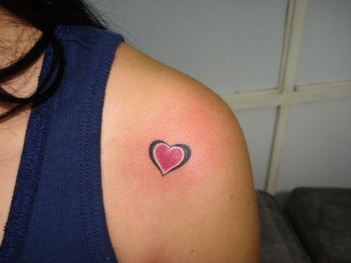 little heart tattoo (exotic tattoo medellin) by exotictattoos, via Flickr