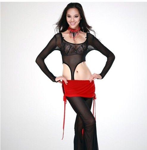 Оригинальный тренировочный костюм позволит чувствовать себя богиней не только на сцене, но и на тренировках. 2890 р., доставка по РФ бесплатно! http://tanetszhivota.su/trenirovki/244-trenirovochnyy-kostyum.html  #танецживота  #костюмдлятанцаживота #аксессуарыдлятанцаживота #заказатькостюмдлятанцаживота #bellydance #восточныетанцы #восток #oriental