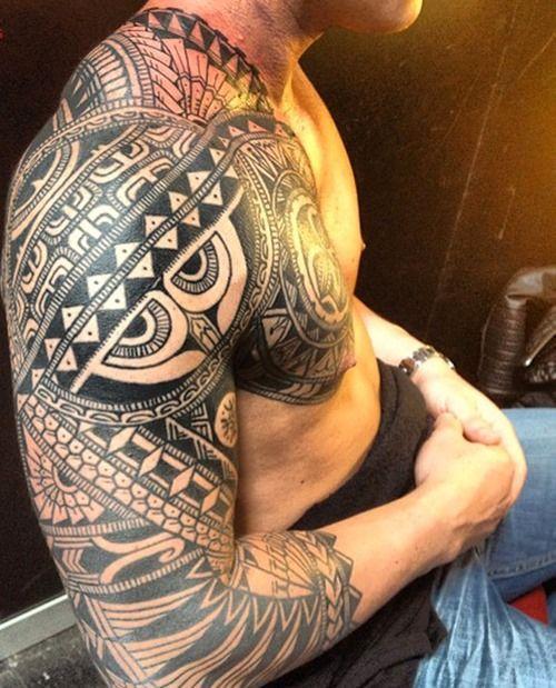 Polynesian Tribal Shoulder Tattoos For Men