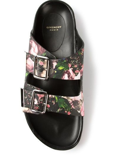 Spring 2014 trend: power of flowers and ugly shoes http://sulia.com/my_thoughts/49e35952-8089-4272-b37e-12278f2b5231/?pinner=124969623&
