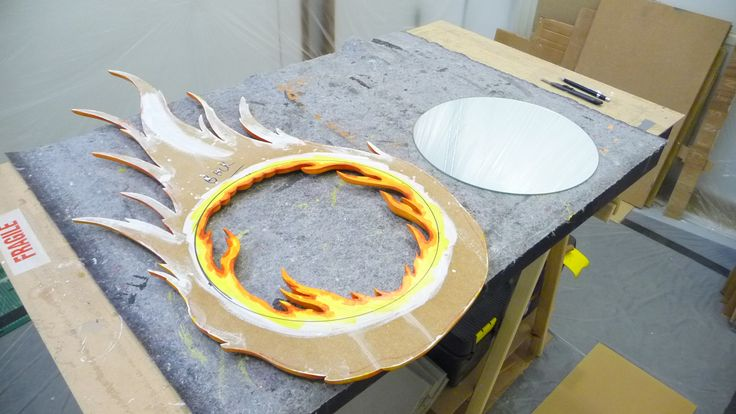 Back is also painted, so that the mirror when in, will reflect part of the back on the inside..!