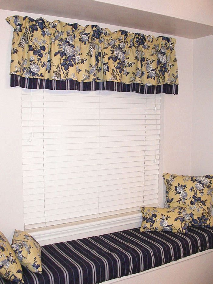 Black And Yellow Kitchen Curtains   Yellow Curtains With Multicolor And  Flowers   Yellow Curtains And