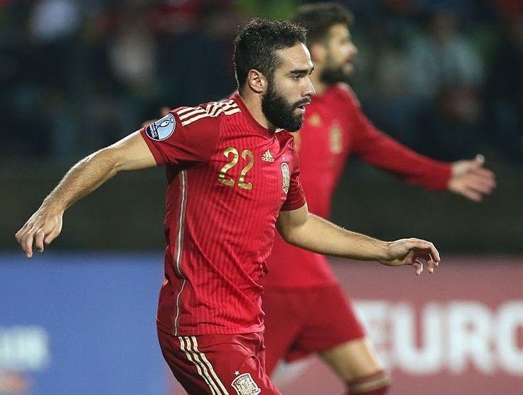 Bek Madrid dan Barcelona Berseteru, Pelatih Spanyol Cuek