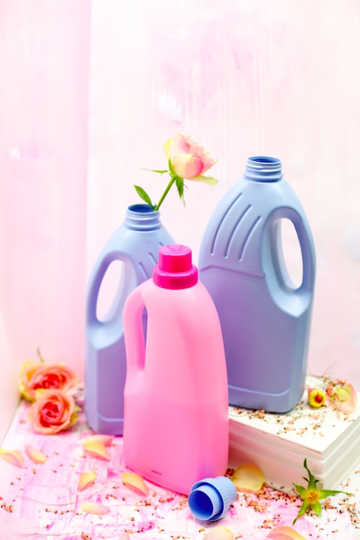 PASTEL PLASTIC BOTTLES DIY via Stilzitat blog