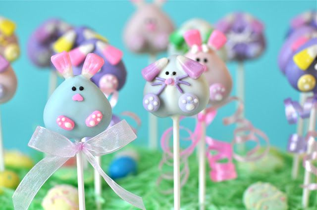 My Little Cupcake's bunny cake pops use pastel candy corn to create some seriously cute ears.  Source: My Little Cupcake