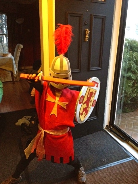 P-ART-Y: Knight in a night: A homemade Knight costume