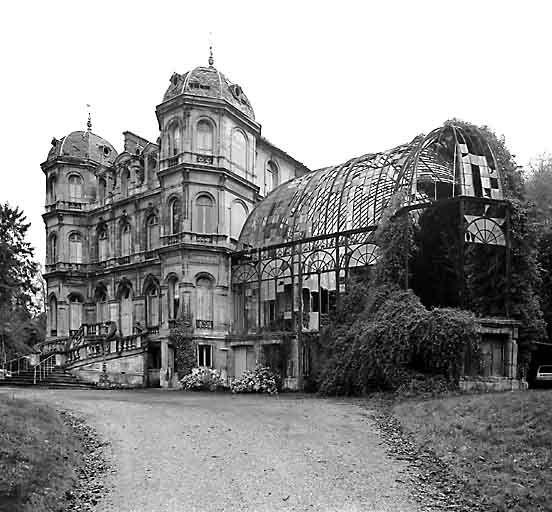 Château d'Elbeuf près de Rouen, construit vers 1840 pour l'industriel Théodore Chennevière et démoli en 1974.