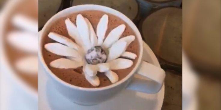 Цветок из зефира для горячего шоколада