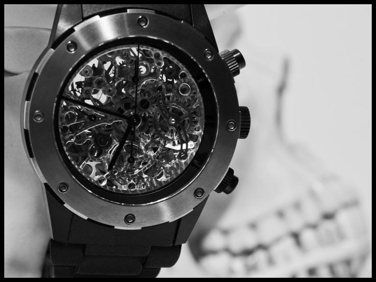 Find your own SKELETON creation...  Info: www.mauricedemauriac.ch | info@mauricedemauriac.ch    | © www.roccavision.com