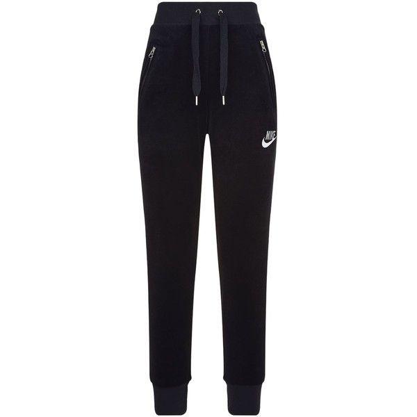 Nike Velour Sweatpants ($63) ❤ liked on Polyvore featuring activewear, activewear pants, velour sweatpants, sweat pants, logo sportswear, velour sweat pants and nike sportswear