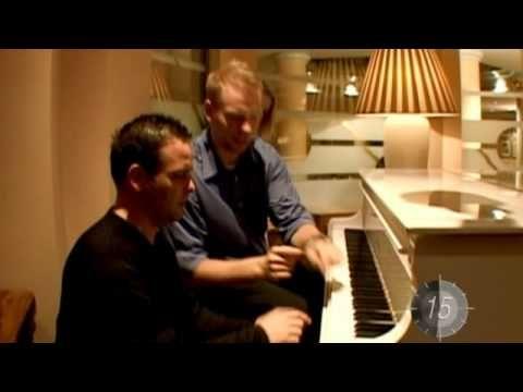 Robbie Williams - Something Beautiful