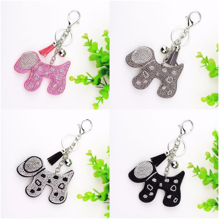 Rhinestone+Dog+Keychain    Dog+size:+Approx.+9+x+6cm  Total+Length:+14cm    Condition:+Brand+New+    Perfect+Accessory+to+hang+on+a+purse,+car+rear+view+mirror+or+keys!+