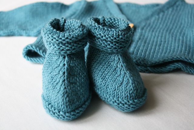 Ravelry: Camillelyon's Bottines bébé