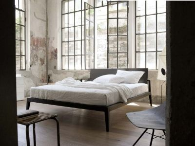 LEMA   In true Lema tradition, Theo bed designed by Studio Kairos combines the richness and warmth of wood with the clean formality of restrained and elegant lines.