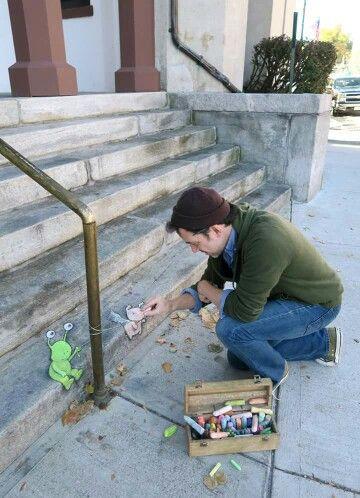 David Zinn:  Artist at work!