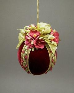 Handmade Vintage Victorian Style Velvet Christmas Ornament Ball | eBay - very pretty.