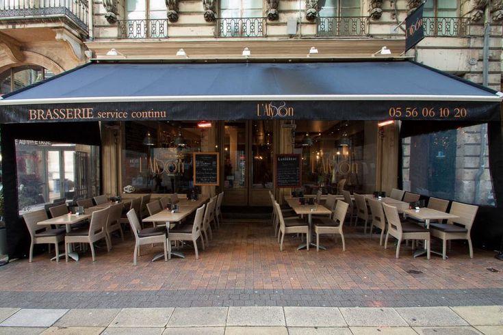 Si vous travaillez à Bordeaux, près de la rue St Catherine, du Grand Théâtre ou de la place de la Bourse, allez déjeuner à L'Alysson Brasserie rue St Rémi.