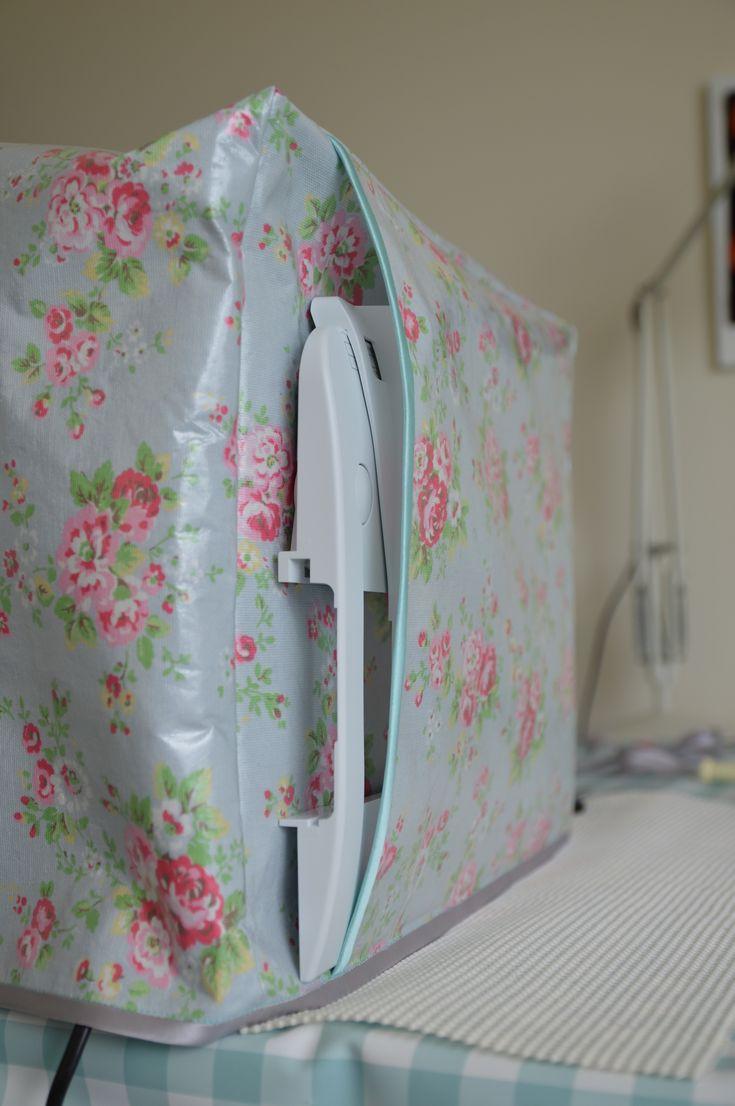 Laminate cloth sewing machine cover