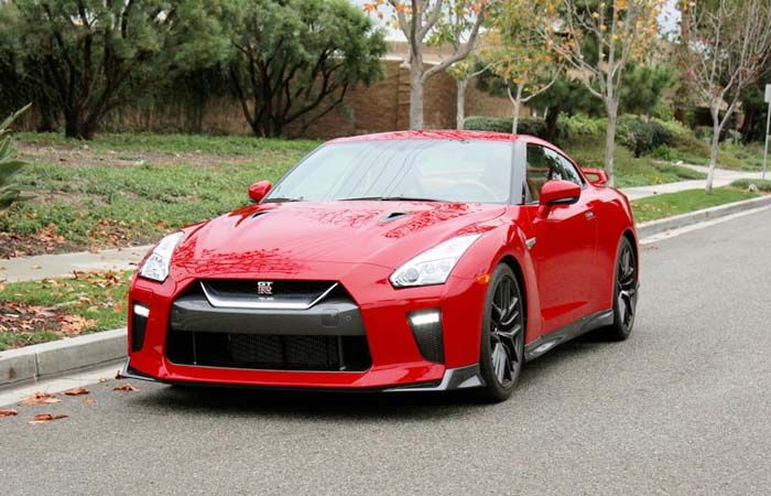 2018 Nissan GTR Review of Redesign, Performance, and Engine Specs