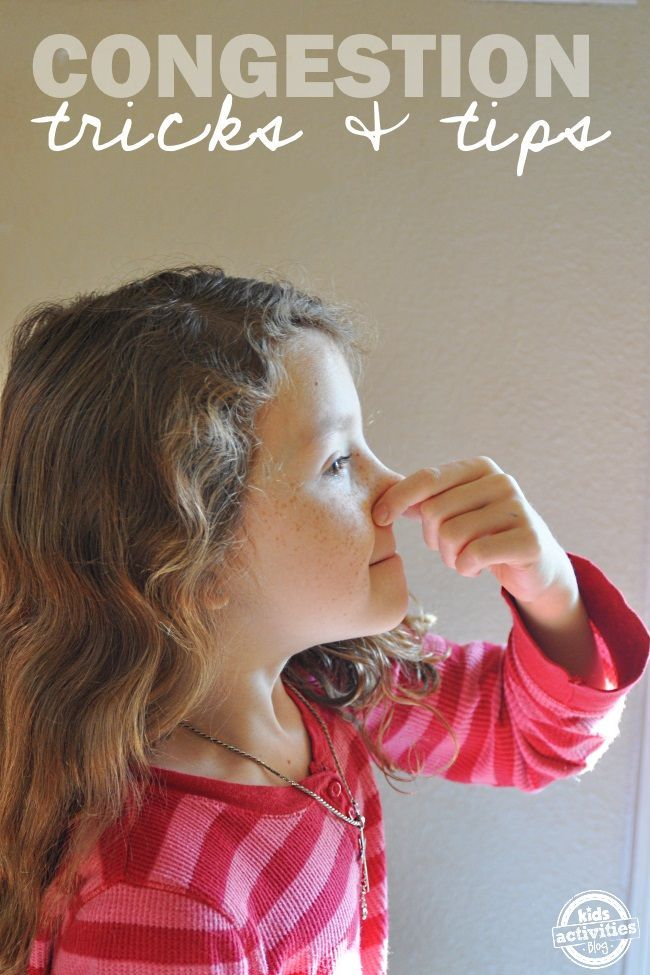All natural tips and tricks to help aid in sinus congestion relief. Such a fantastic resource!