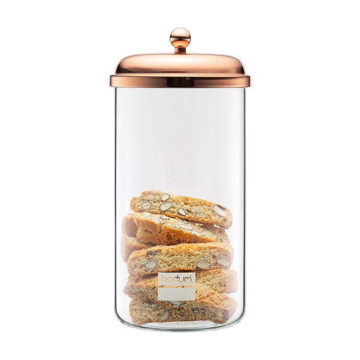 CHAMBORD Förvaringsburk 2 L, Koppar, Bodum.  Alternativt de liknande som finns på Åhlens i guld eller IKEAS glasburkar som dom på landet