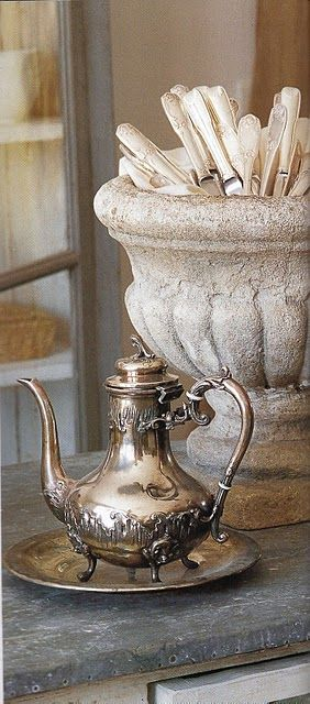 Vintage silver coffee server: Antiques Silver, Teas Time, Mothers Of Pearls, Teas Pots, Silver Teapots, Vintage Teas, Silver Teas, Vintage Silverware, French Style