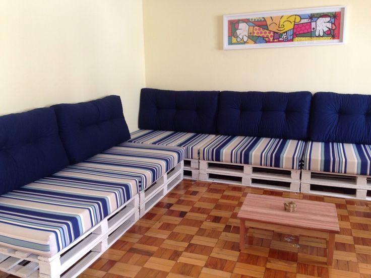 25 melhores ideias de sof de madeira no pinterest for Sofa 4 meter