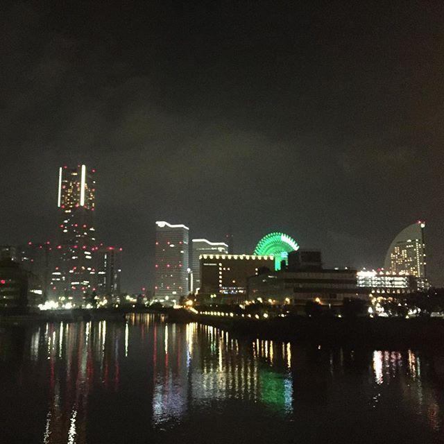 Instagram【blueblue.pier13】さんの写真をピンしています。 《🏃 #Oct042016 #夜景 #ワークアウト #ランニング #トレーニング #イマソラ #横浜 #みなとみらい #定点 #Yokohama #running #workout  #nikeplus #地元 #tokyocameraclub #IGersJP #写真 #JAPAN #image_gram #nightsky #sky #photo #pic #instagood #フォト #ファインダー越しの私の世界 #写真好きな人と繋がりたい #gallery》
