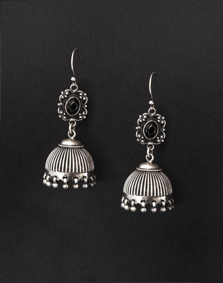 Silver Anusuya ES 1753 Onyx Jhumka Earrings-Black: Buy Fabindia Silver Anusuya ES 1753 Onyx Jhumka Earrings-Black Online. Worldwide free shipping* – Fabindia.com