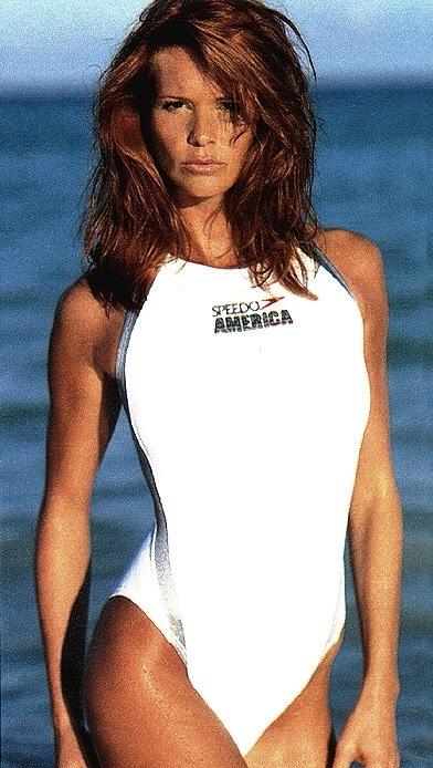Elle Macpherson in Bikini Top on the beach in Miami Pic 25 of 35