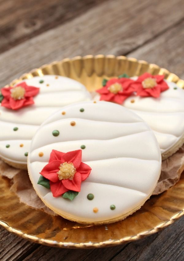 poinsettia cookies | Christmas~The Best Time Of The Year! | Pinterest