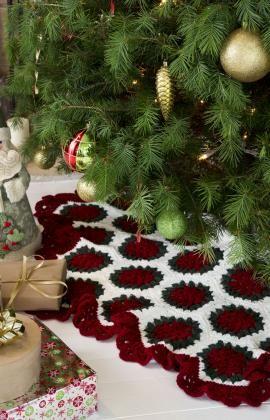 Victorian Tree Skirt FREE crochet pattern